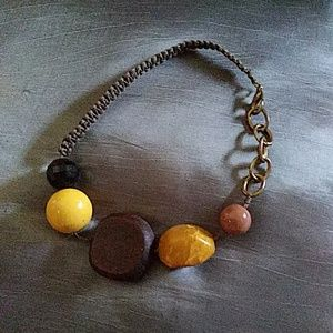 Jewelry - Beads and wood necklace